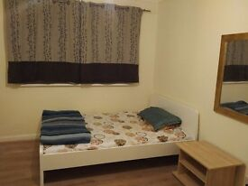 FURNISHED DOUBLE ROOM - HOUNSLOW CENTRAL