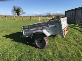 Erde 142 Trailer, 600kg gross capacity, load box approx 5' x 3' with cover