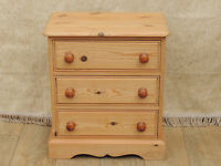 3 Drawer bedside chest (Delivery)
