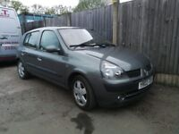 Renault clio 1.6 Low Milage!