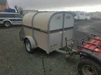 Bateson livestock trailer rear loading ramp has chequered floor lights all work