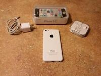 iPhone 5c (16GB) -Excellent condition