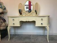 Dressing table with Crystal handles, with mirror.