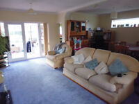 Large 3 Bed Bungalow with Conservatory & Garage, unfurnished, Rowley Fields