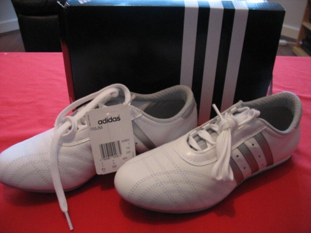 adidas lightweight trainers