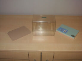"""Transparent Index Card Box 6"""" x 4"""" plus Guide Cards & 100 Coloured Record Cards"""