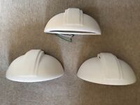 3 white indoor wall lights requires 60W candles bulbs