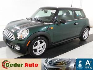 2009 MINI Cooper Moonroof - Managers Special.