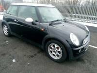 Mini cooper 1.6 petrol Full Service history tax and tested Bargain price