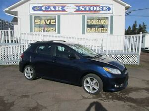 2011 Toyota Matrix SPORT GROUND EFFECTS!! SUNROOF!! MANUAL!!
