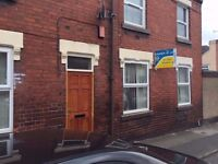 **TO LET**2 BEDROOM END TERRACE-EVANS STREET-BURSLEM-LOW RENT-NO DEPOSIT-DSS ACCEPTED-PETS WELCOME