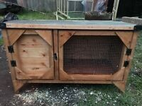 Outdoor rabbit hutch, only used for 2 days, bought brand new