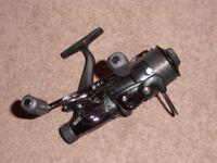 Avanti RDX2000 fixed spool reel