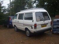 Campervan Nissan Vannete 4 drving seats 2 berth