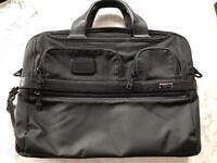 TUMI laptop bag (black)