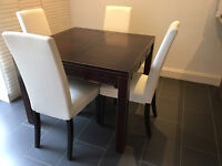 Solid wood extending table + 4 dining chairs