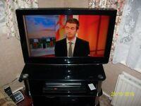 L G 32INCH TV