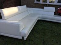 Excellent condition leather corner sofa (ivory)