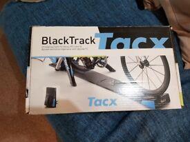 Tacx Black Track