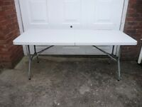 Folding display white table and small display cabinet wth keys