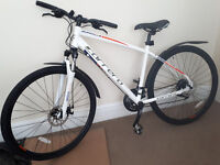 Carrera CrossFire 2 Mens hybrid bike/Shimano Gears&Brakes/27,5 tyres/Brand New/Warranty/Delivery