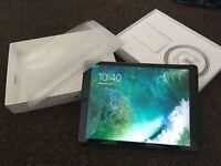 iPad Pro 12.9inch 128GB wifi & cellular unlocked