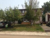 3 BED 1 BATH DUPLEX FOR RENT AVAILABLE NOV 1