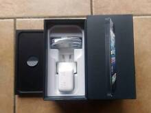 Apple iPhone 5 Grey 16GB w/Box & Accessories, Unlocked Browns Plains Logan Area Preview