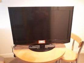 "LG 32LD320 32"" 720p HD LCD Television. Used but pristine condition!"