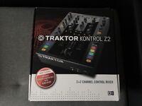 TRAKTOR KONTROL Z2 MIXER/CONTROLLER