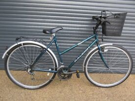 LADIES RALEIGH PIONEER TOWN / SHOPPING BIKE IN EXCELLENT LITTLE USED CONDITION..