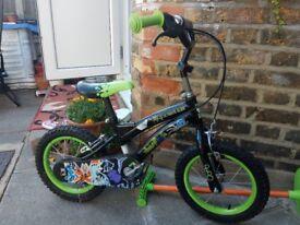 children.s bike BEN 10 -barely used 3-6 years