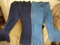 2 pairs of womens jeans