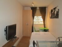 Short term / Holiday Apartment / Queensway / central London / A choice of modern studio apartments