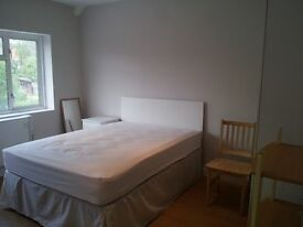 Very nice double room in the modern flat