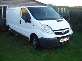 Vivaro lwb,2007.NO ENGINE,otherwise superb,plus loads of spares.Will break if enough interest