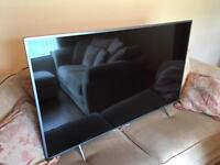 """55"""" Philips Smart TV (damaged screen , slight crack causing distorted picture)"""