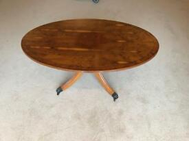 Oval coffee table Yew