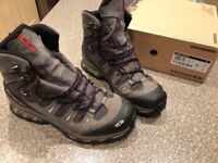 Salomon Quest 4D GTX Walking boots size 11.5uk