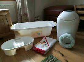 Baby bath set and nappy bin