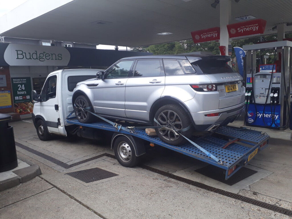 CAR BIKE BREAKDOWN RECOVERY ACCIDENT TOW TRUCK FLAT TYRE