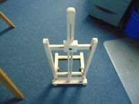 Artist's table top easel