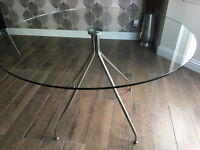 Dwell glass and chrome dining kitchen table excellent condition