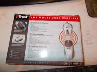 NEW PS/2 wireless mouse brand new and boxed NOT USB