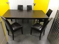 Wooden extendable dinning table+chairs •free delivery