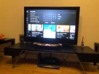 Tv &table
