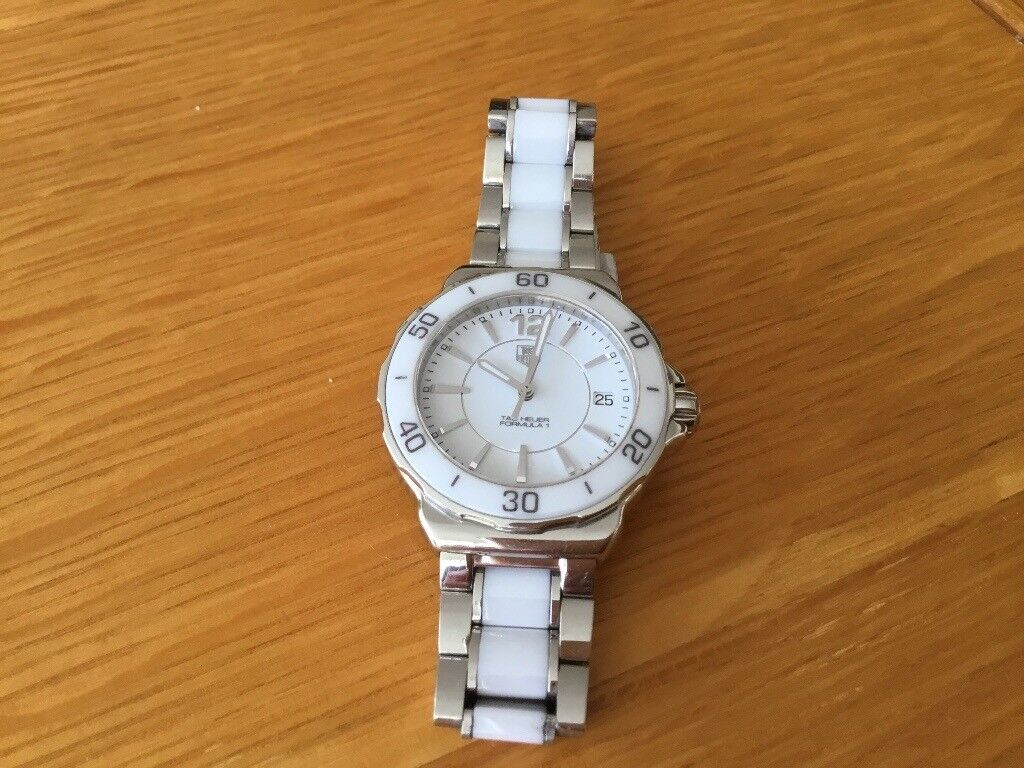 Ladies Genuine Tag Heuer watch. Formula 1 model. Excellent condition.