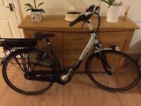 Gazelle electric dutch bike 2016 IMPULSE bicycle *charger included* RRP 2199