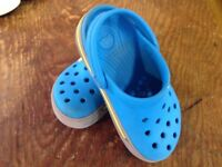 Crocs Crocband Clog in Turquoise Size 8-9