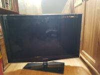 """Samsung TV LCD 37"""" Full HD Excellent condition"""